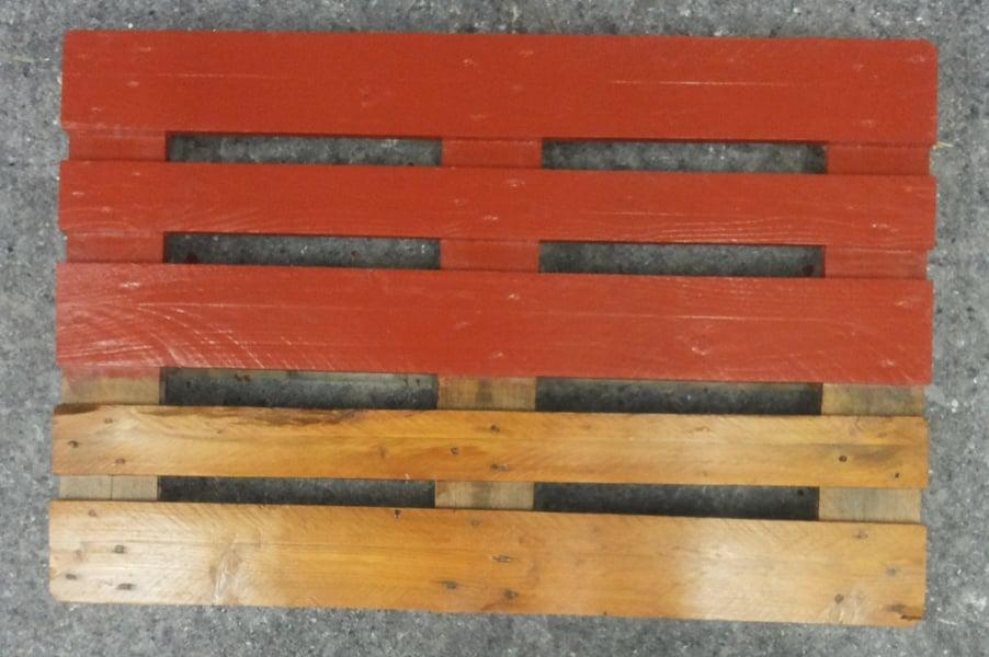 Guida pratica su come verniciare le palette in legno per for Verniciare legno grezzo
