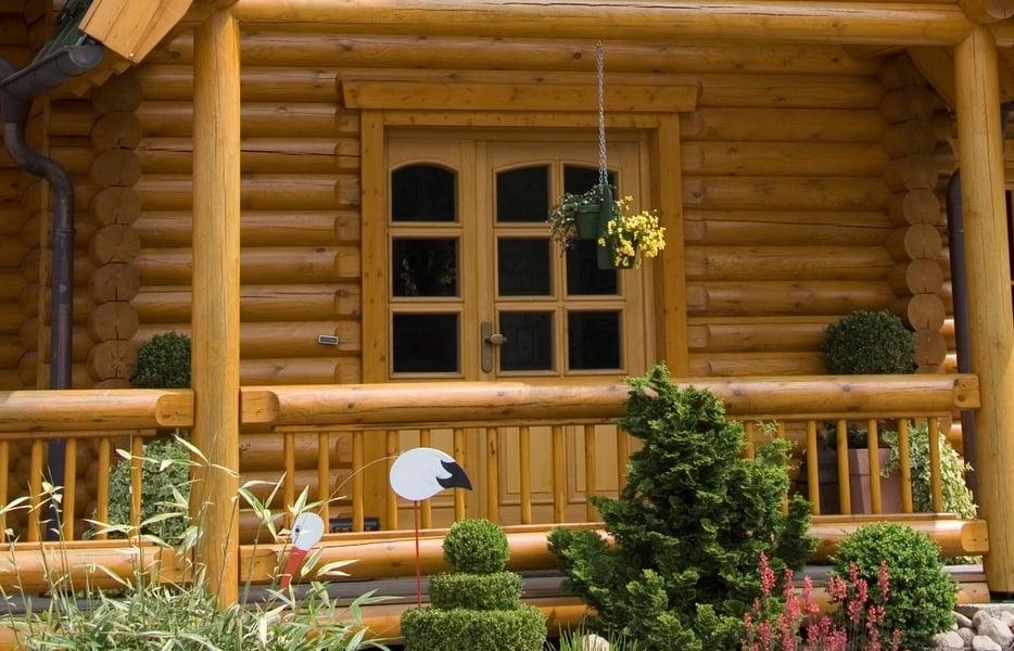 Guida pratica su come verniciare e oliare il balcone in legno koppa vernici pitture - Vernici da interno ...
