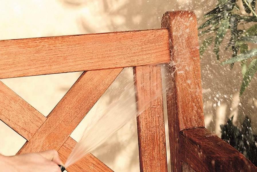 Come pulire e rinfrescare il legno esterno koppa - Come trattare il legno per esterno ...