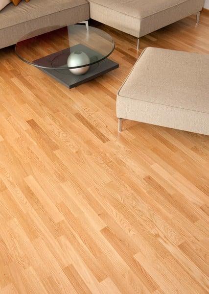 Guida pratica su come verniciare e oliare il pavimento la for Pavimento in legno interno